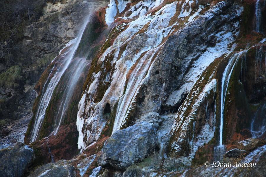 Царские водопады зимой