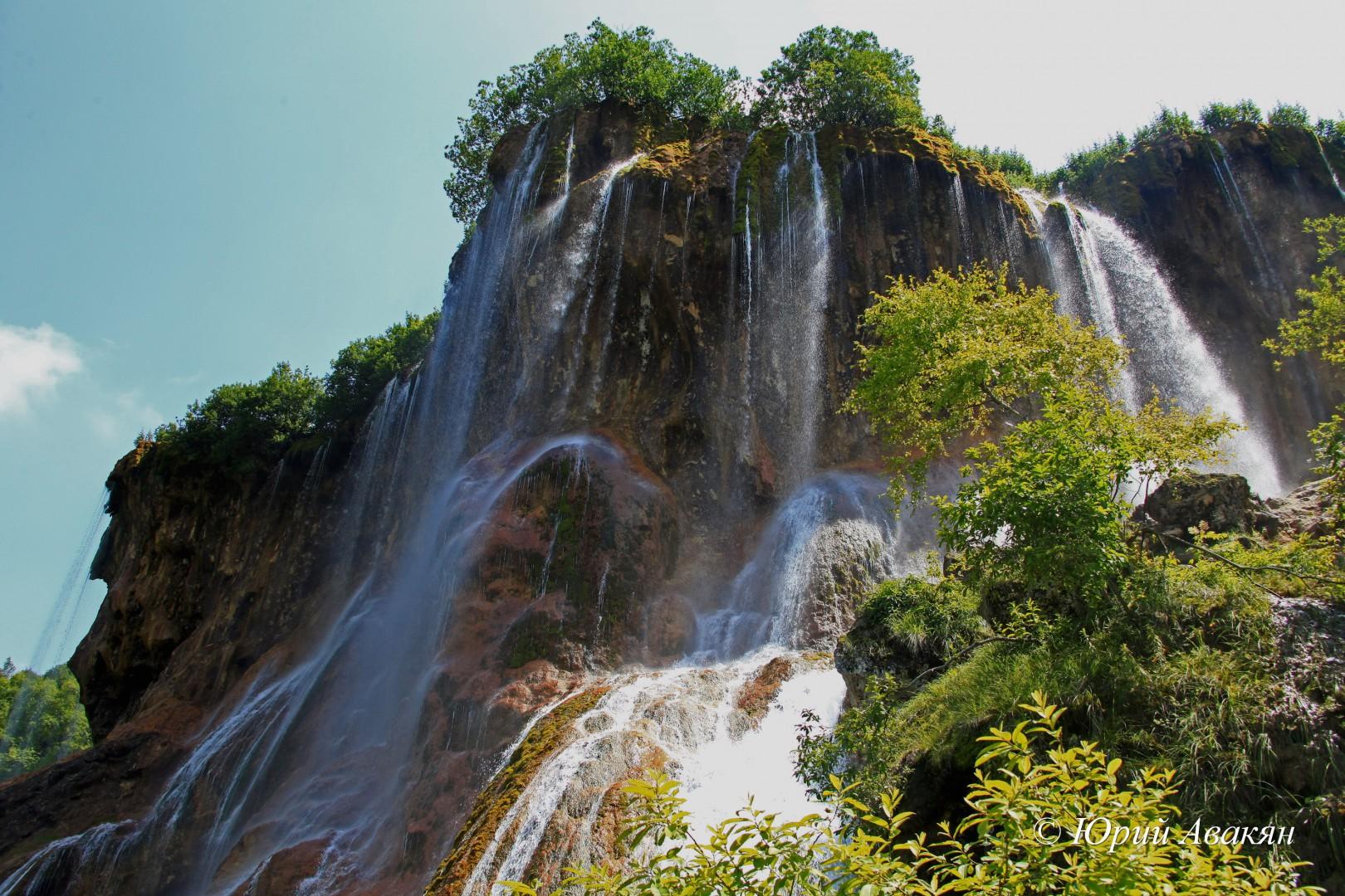 Царские водопады летом