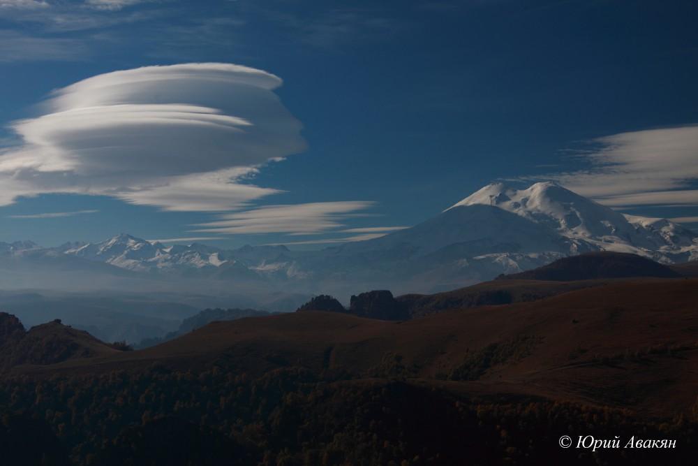 Облака над Эльбрусом
