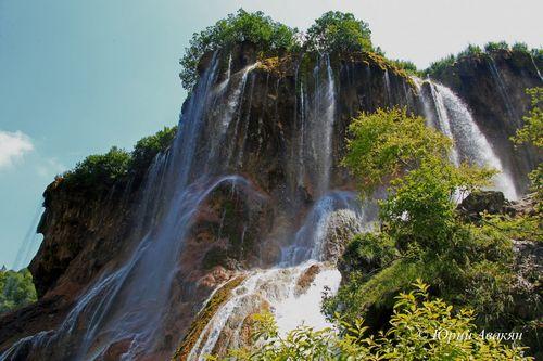 Царские водопады и озёра Шадхурей