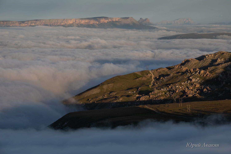 облака под плато Бермамыт