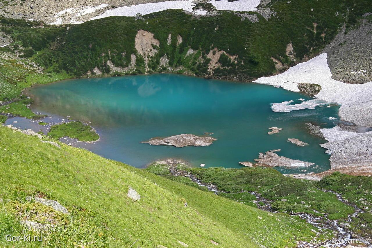Архыз - горное озеро